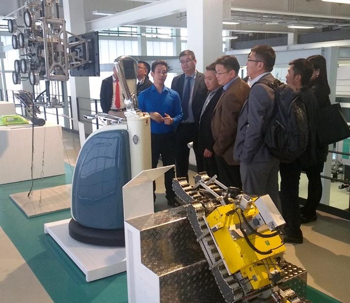 "GIZ Mongolian Government Delegation visiting the ""Milestones of Robotics"""